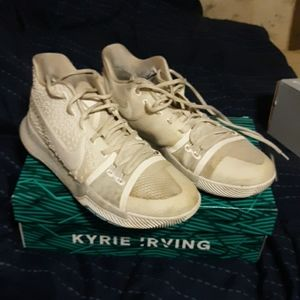 Kyrie 3 white